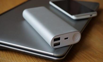 Pin sạc dự phòng loại nào tốt: Xiaomi, Samsung, Energizer và Anker?