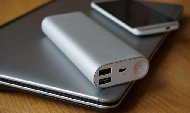 Pin sạc dự phòng loại nào tốt giữa: Xiaomi, Samsung, Energizer và Anker?