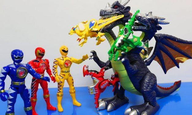 Top 5+ bộ đồ chơi siêu nhân cho bé trai bán chạy nhất