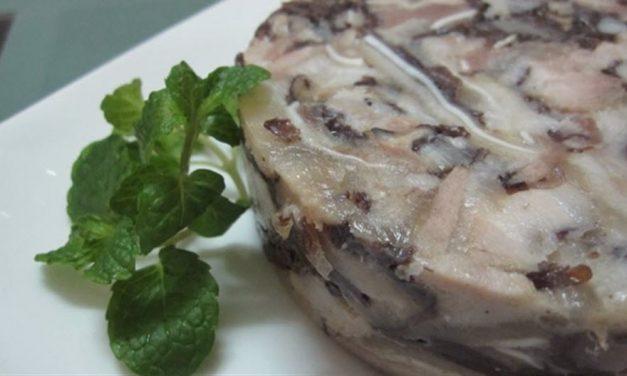 Hướng dẫn cách làm món giò xào thơm ngon, hấp dẫn cho ngày tết cổ truyền