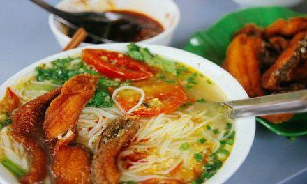 Top 6+ quán bún ngon nức tiếng phố cổ Hà Nội