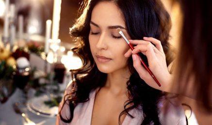 Nắm bắt 7 xu hướng makeup sương sương 2020