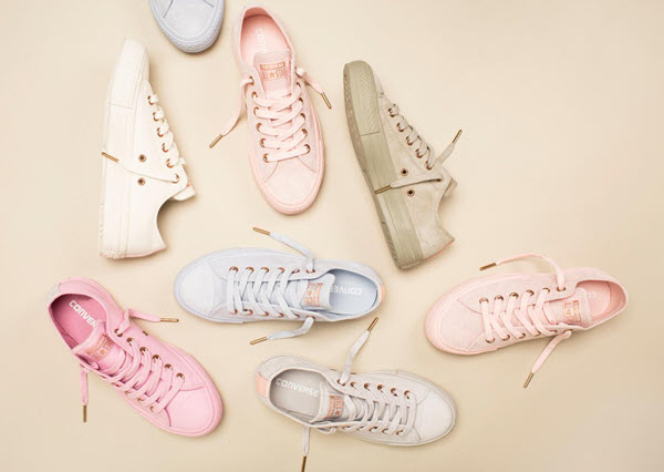 Giày sneaker nữ Converse cổ thấp Chuck Taylor All Star Spring Blossom