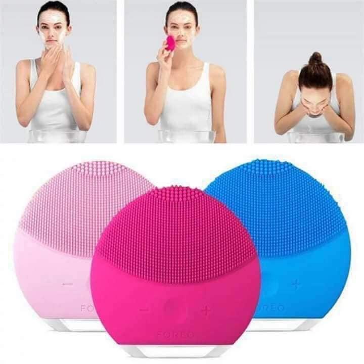 Máy rửa mặt, massage mặt gai Silicon giúp làm sạch da mặt hiệu quả